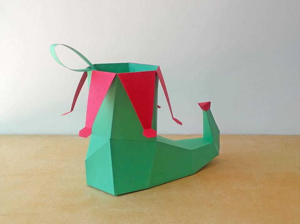 DIY Elf Shoe - 3d papercraft example image 4