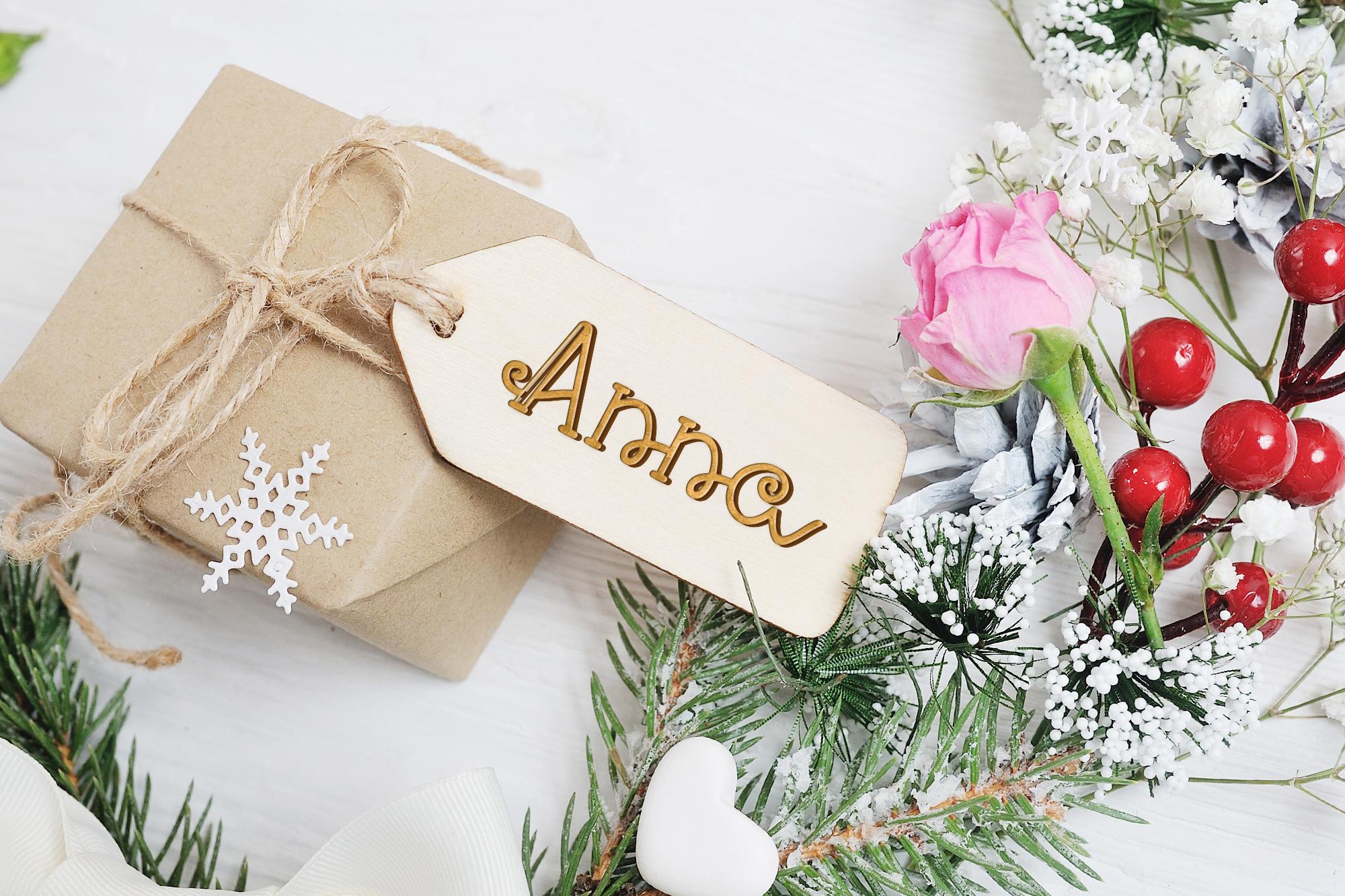 Santa Eskape| A cute swirly christmas font| Script Font example image 3