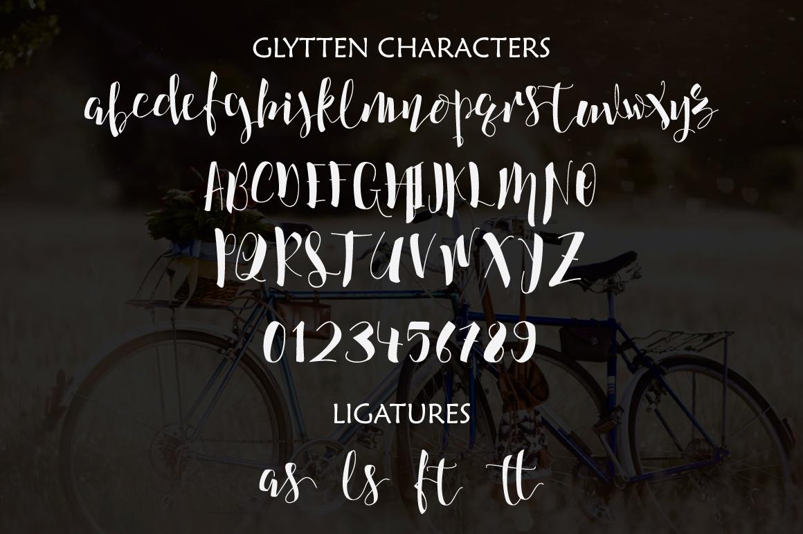 Glytten Typeface example image 4