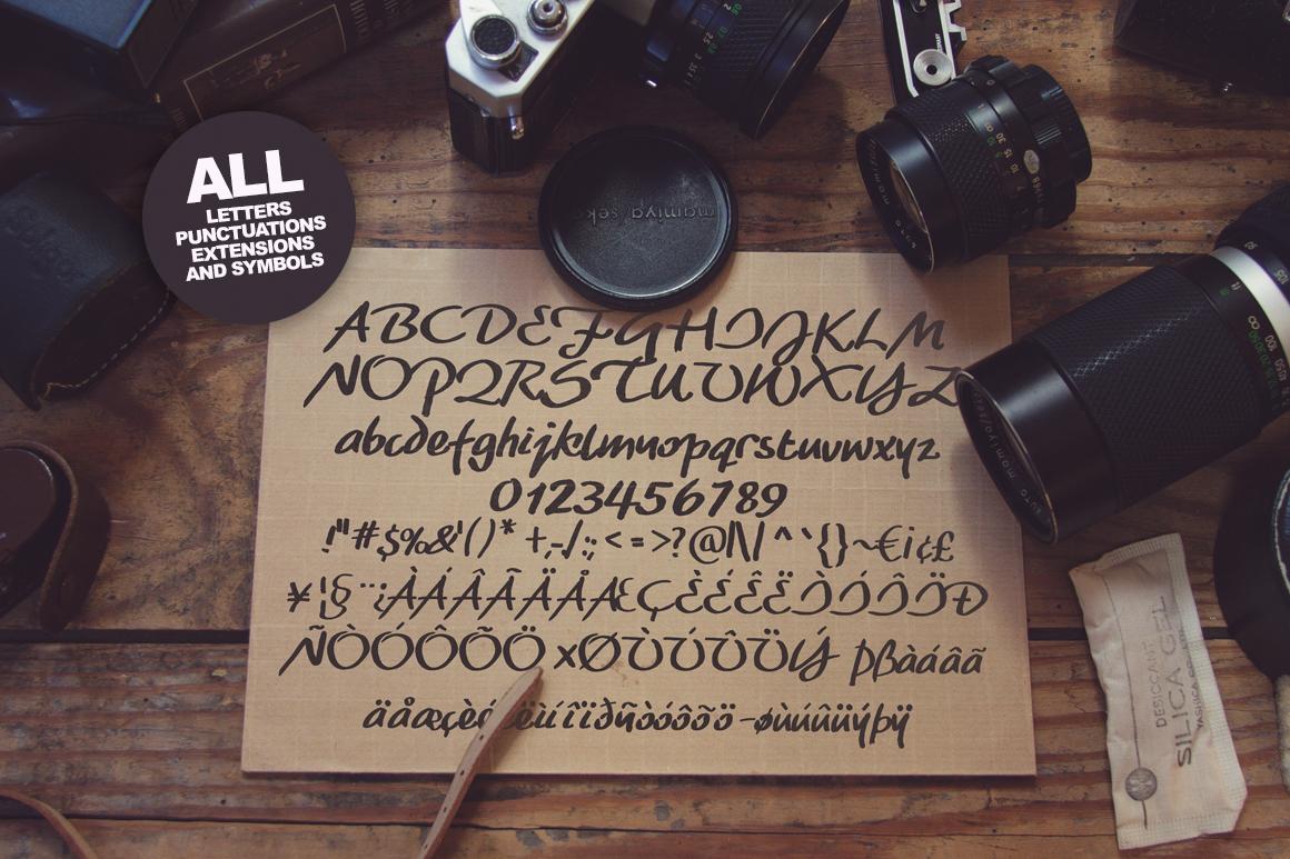 Maddox Hand Brush Typeface example image 2