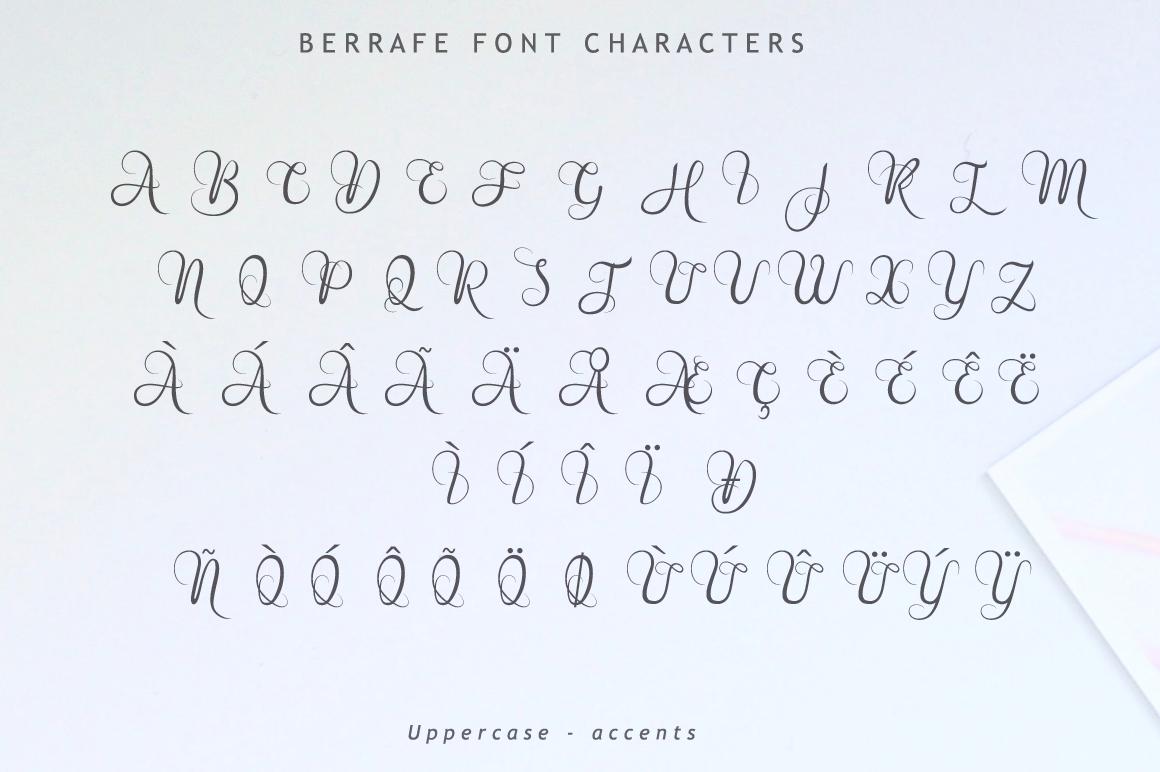 Berrafe Font example image 9