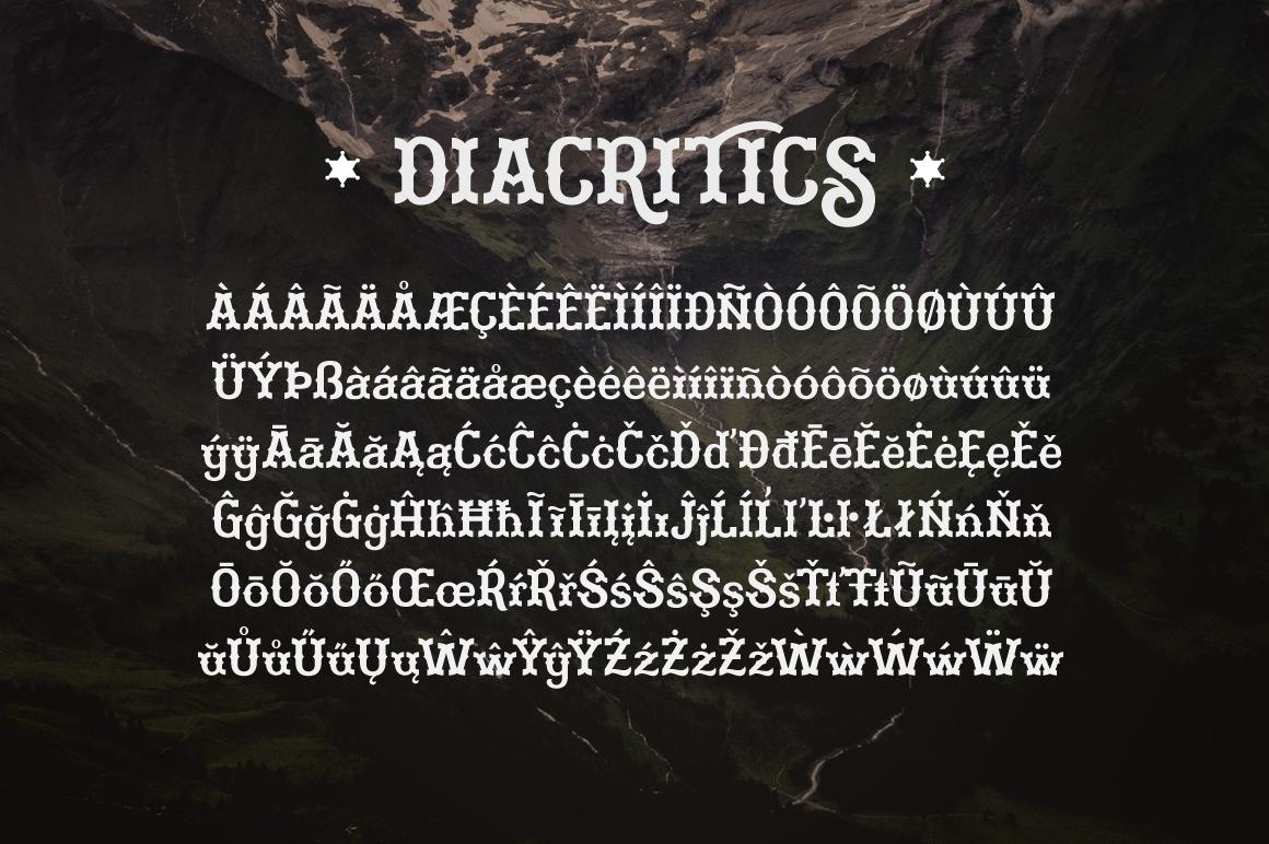 Martinez Typeface example image 6