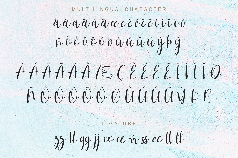 Hailuna Script example image 8
