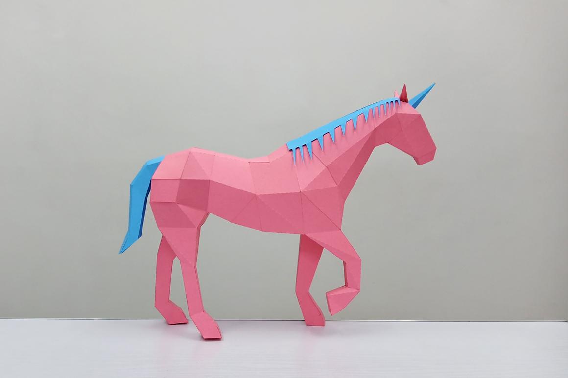 DIY Unicorn Sculpture - 3d papercraft example image 1