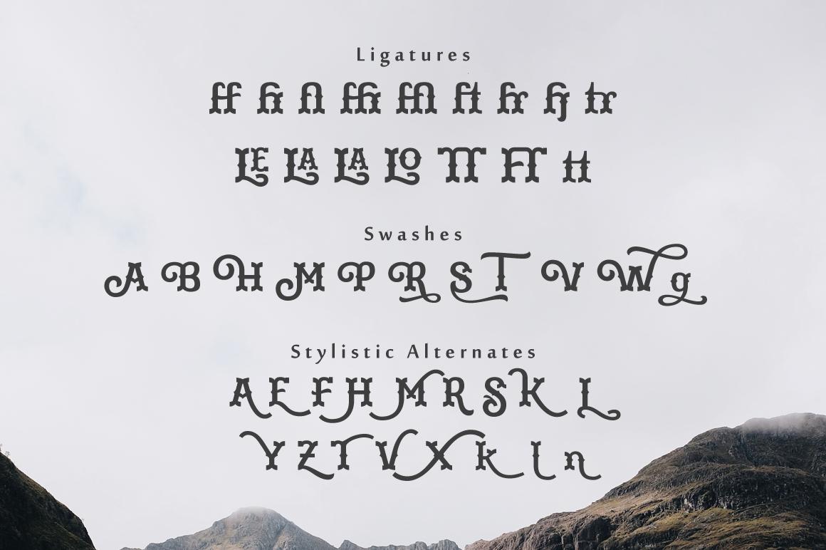 Martinez Typeface example image 8