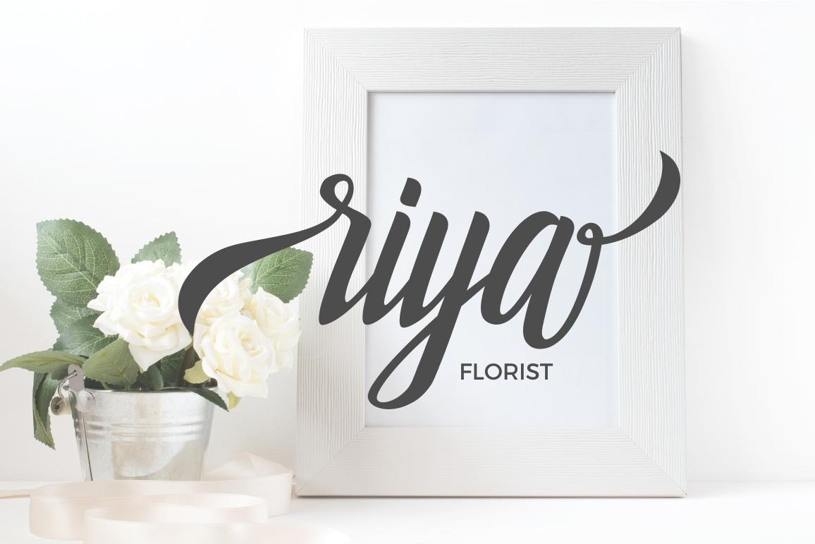 Holidays Typeface example image 2