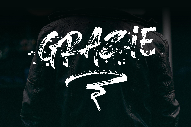 Brushlie - urban typeface - example image 15