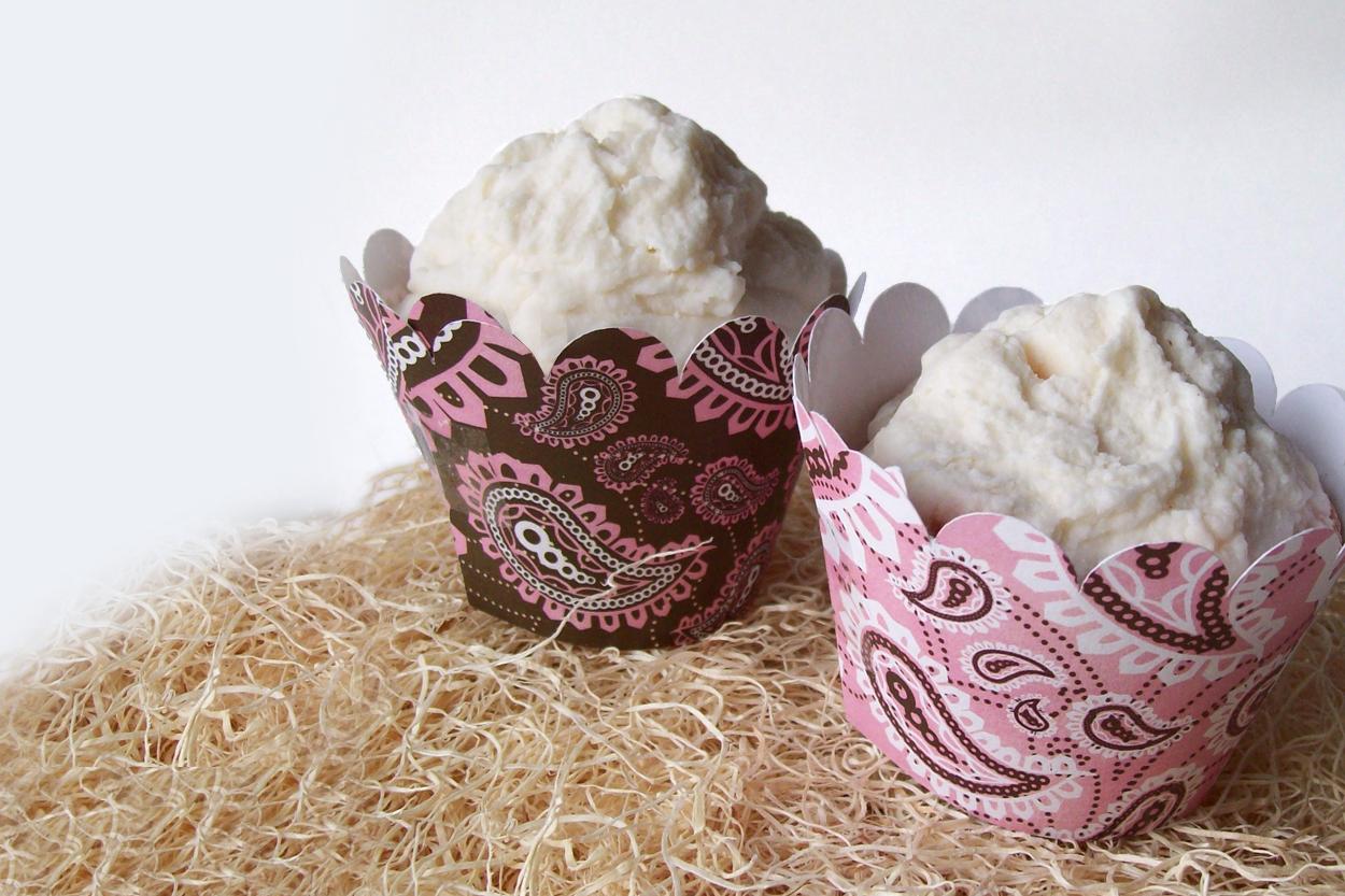 Cupcake Wrapper SVG Design - Plain and Scalloped