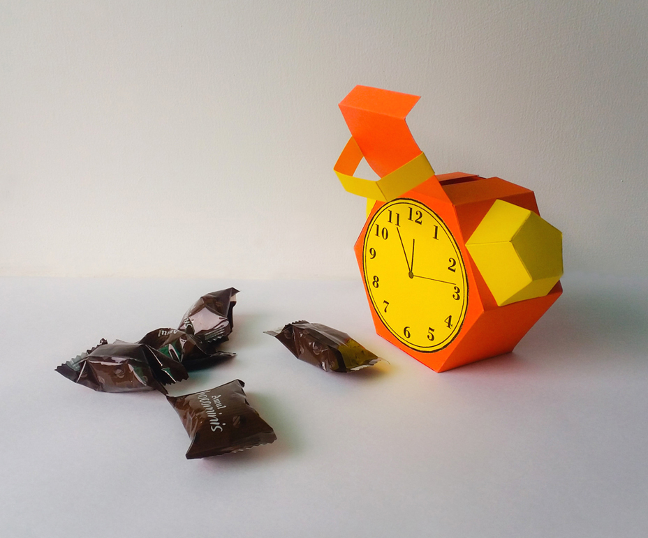 DIY Alarm favor - 3d papercraft example image 2