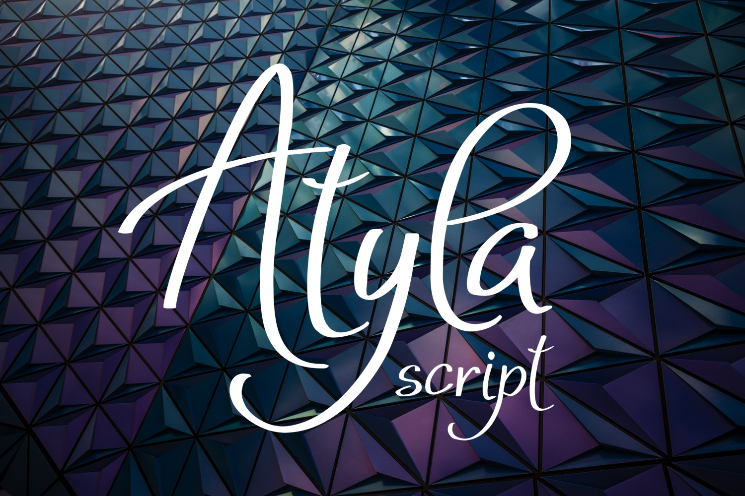 Atyla Font example image 1