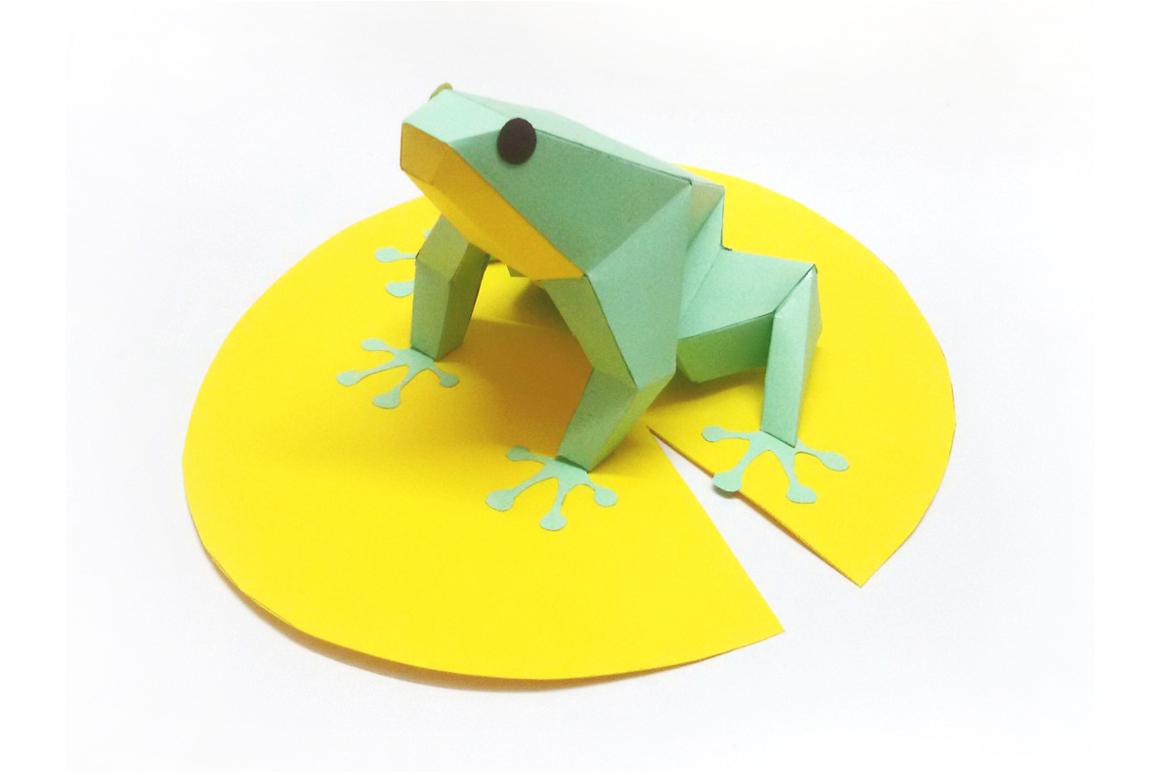 DIY Frog - 3d papercraft example image 1