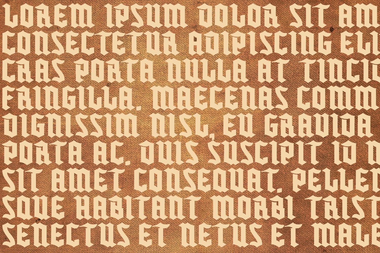 Buntisland Typeface Family example image 8
