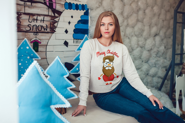 Christmas Sweatshirt Mock-Up Vol.2 example image 7
