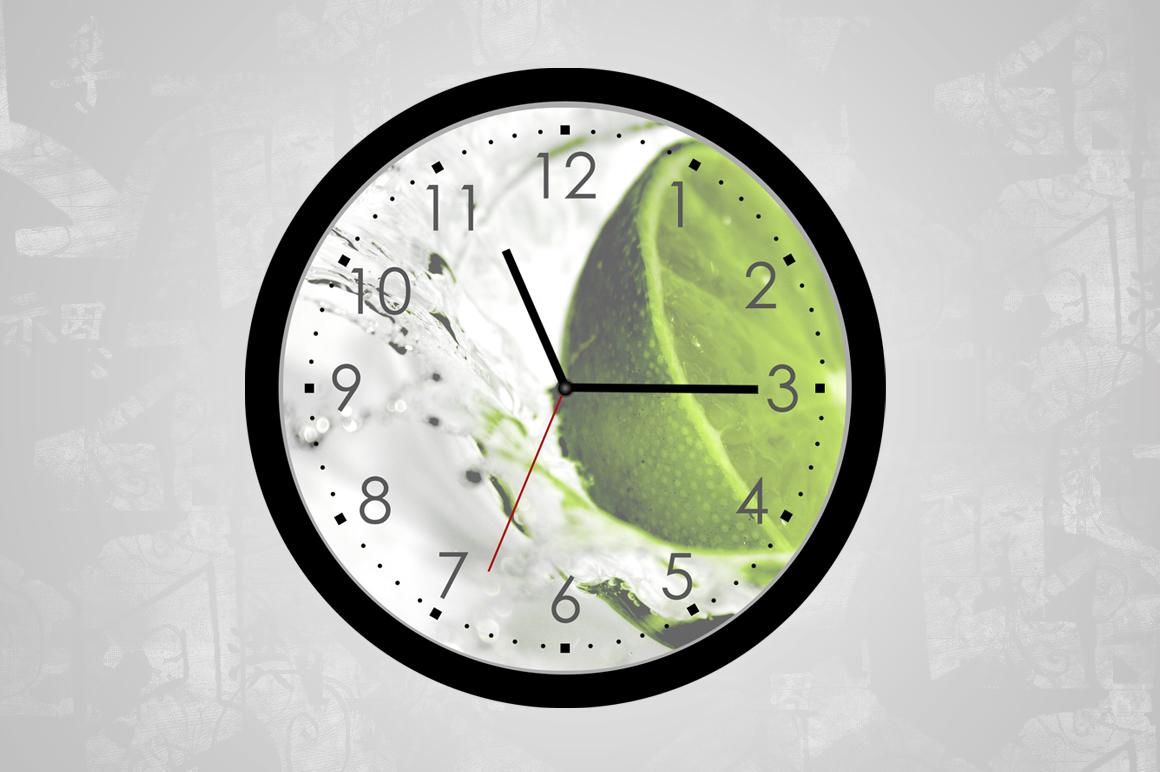 Wall Clock Mockup Round