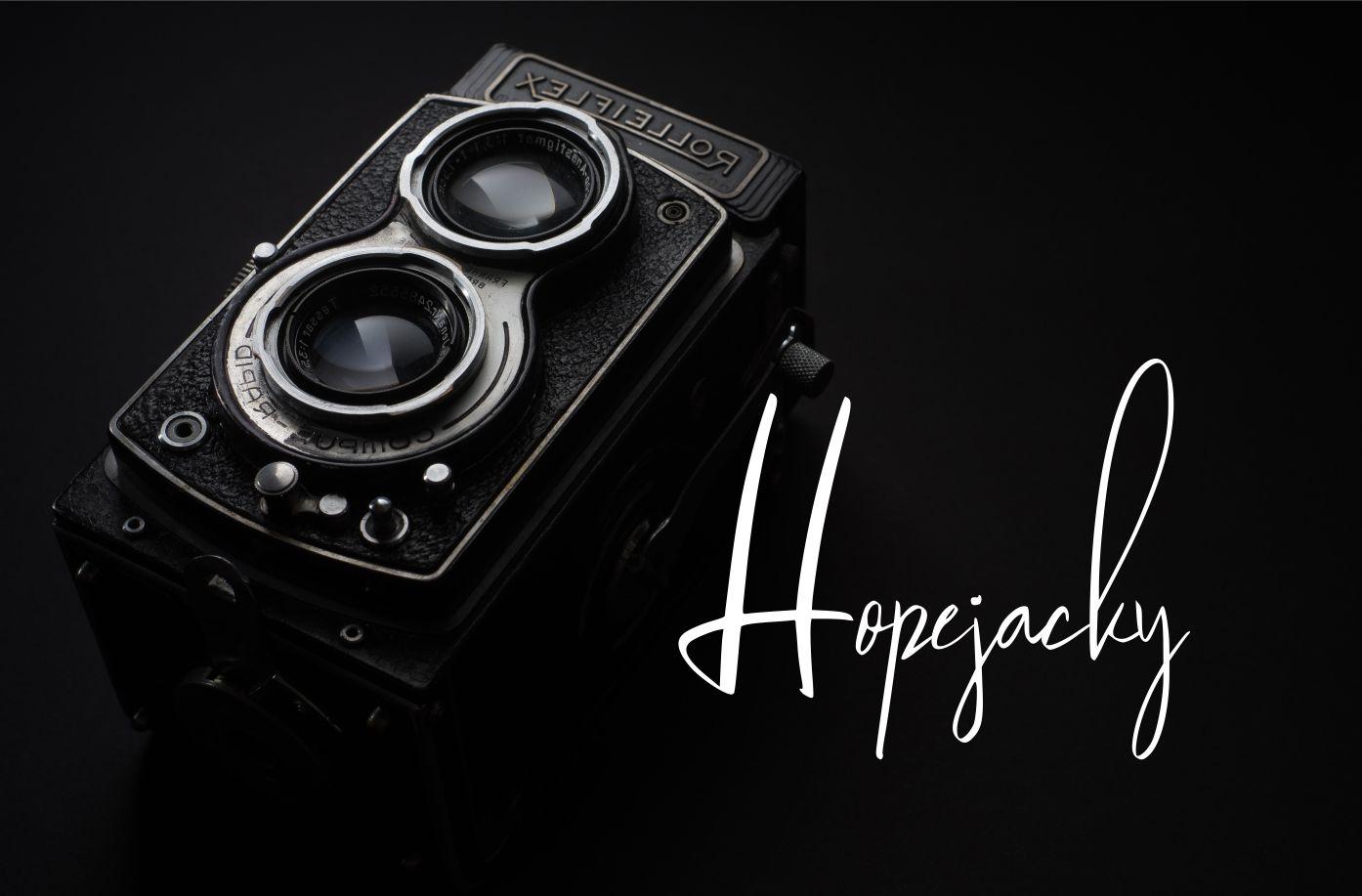 Jagalana   Signature Typeface example image 3