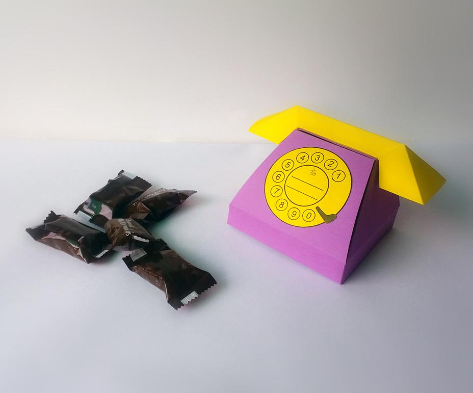 DIY Telephone favor - 3d papercraft example image 5