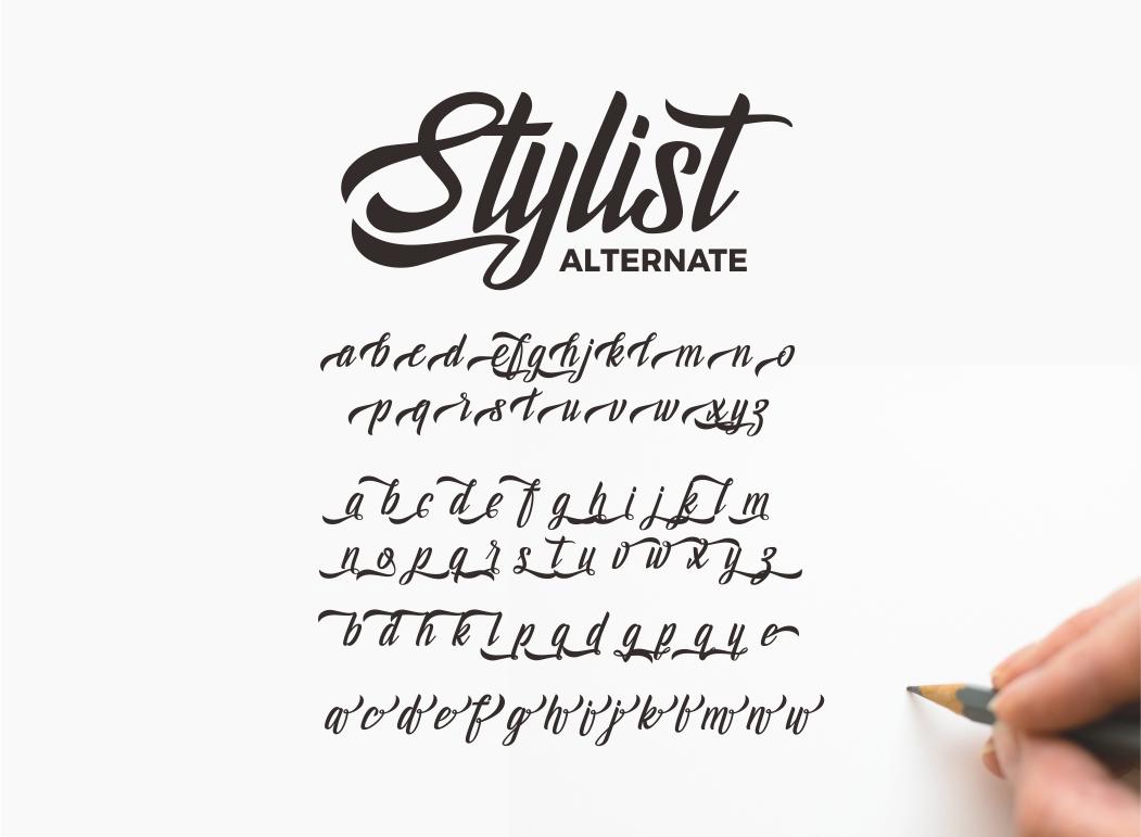 Holidays Typeface example image 6