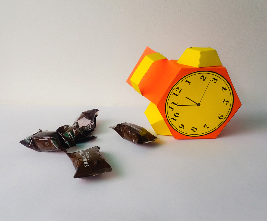 DIY Alarm favor - 3d papercraft example image 4