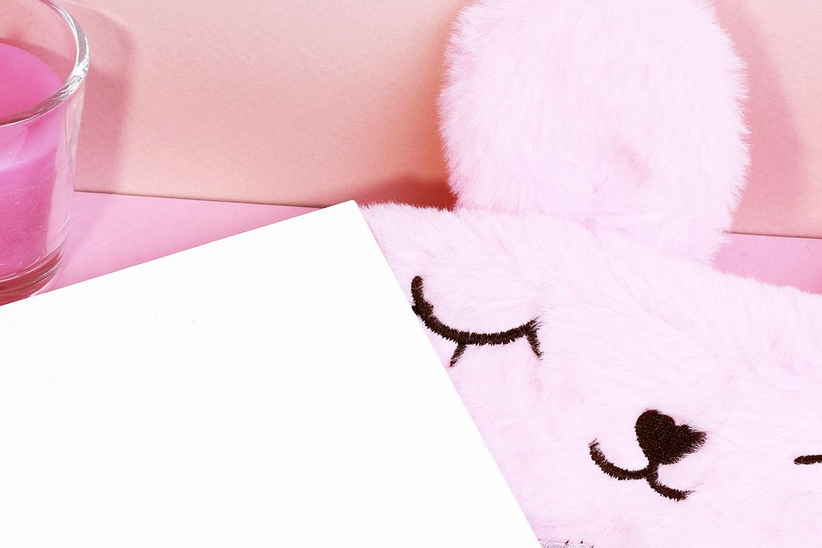 Card mockup with sleeping mask & FREE BONUS example image 3
