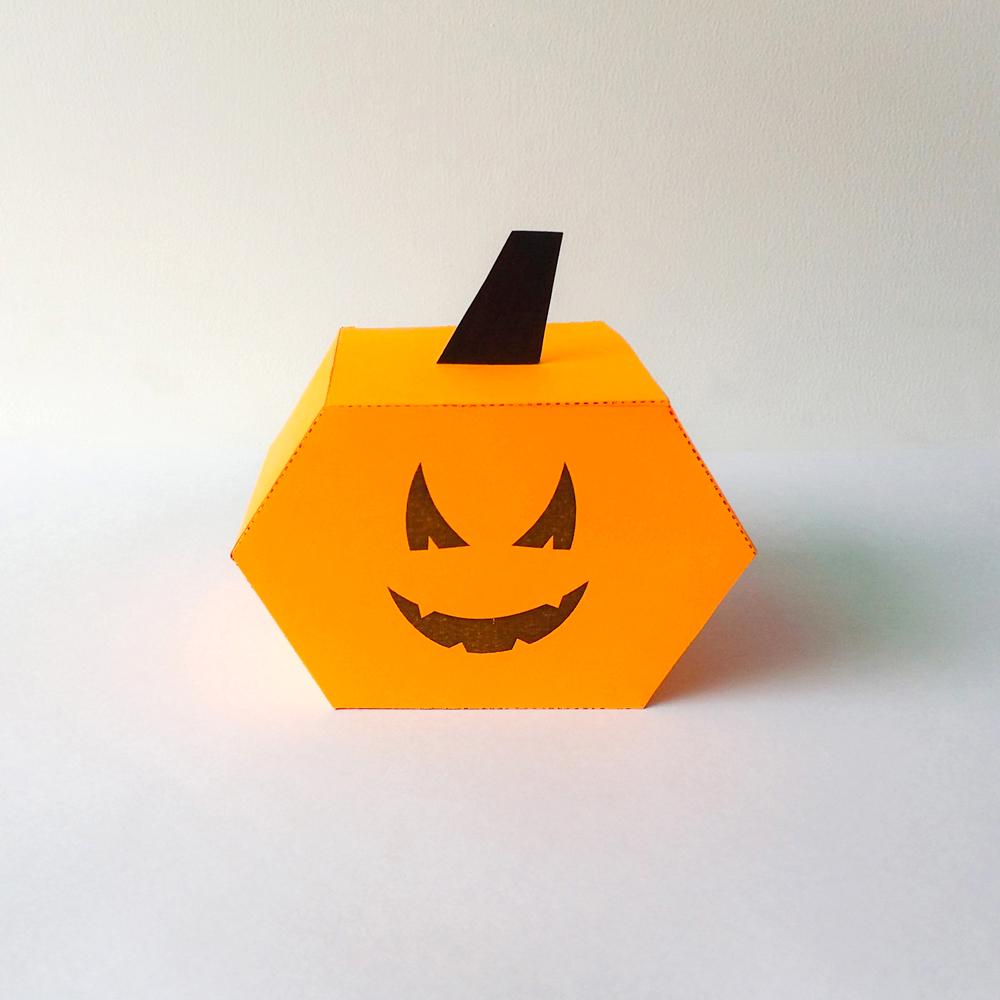 DIY Pumkin favor - 3d papercraft example image 2