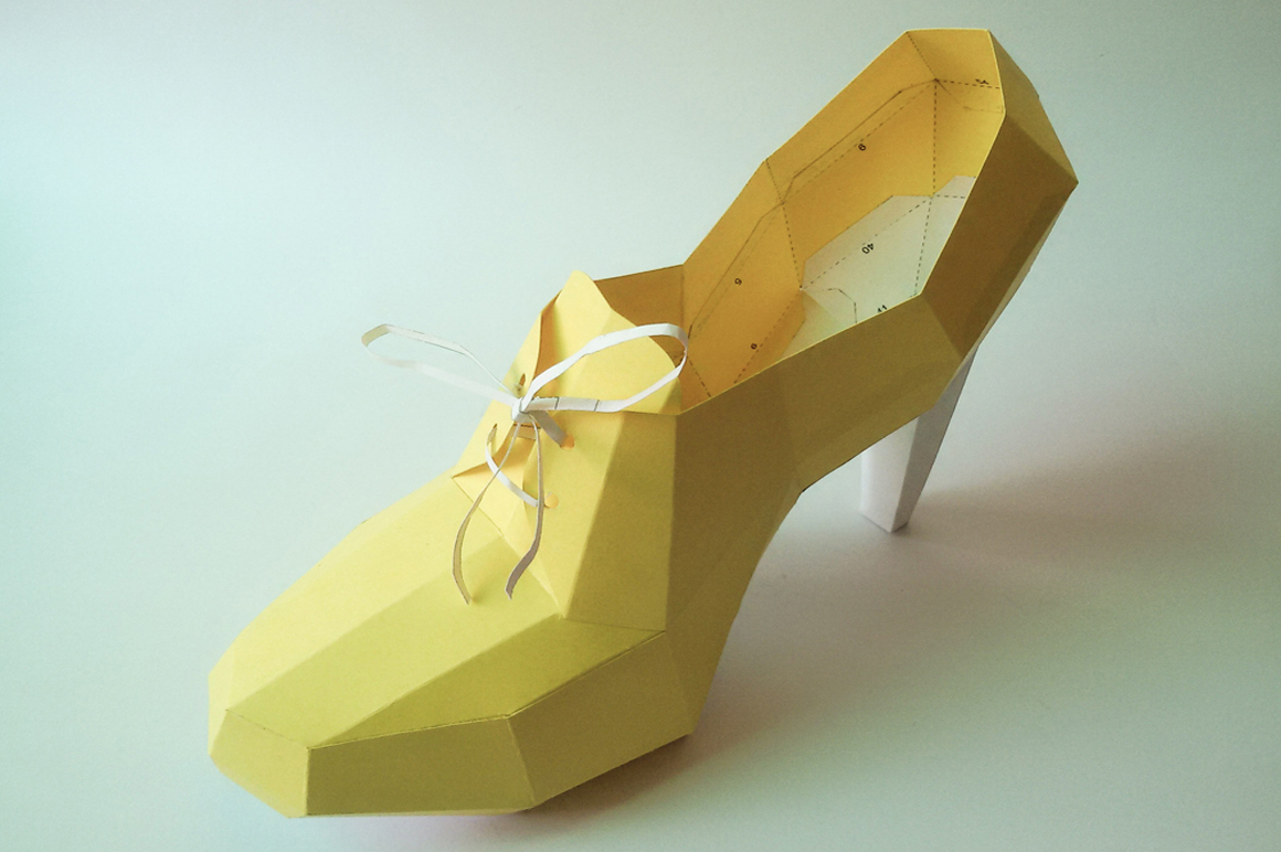 DIY High Heel Ankle Boot - 3d papercraft example image 2