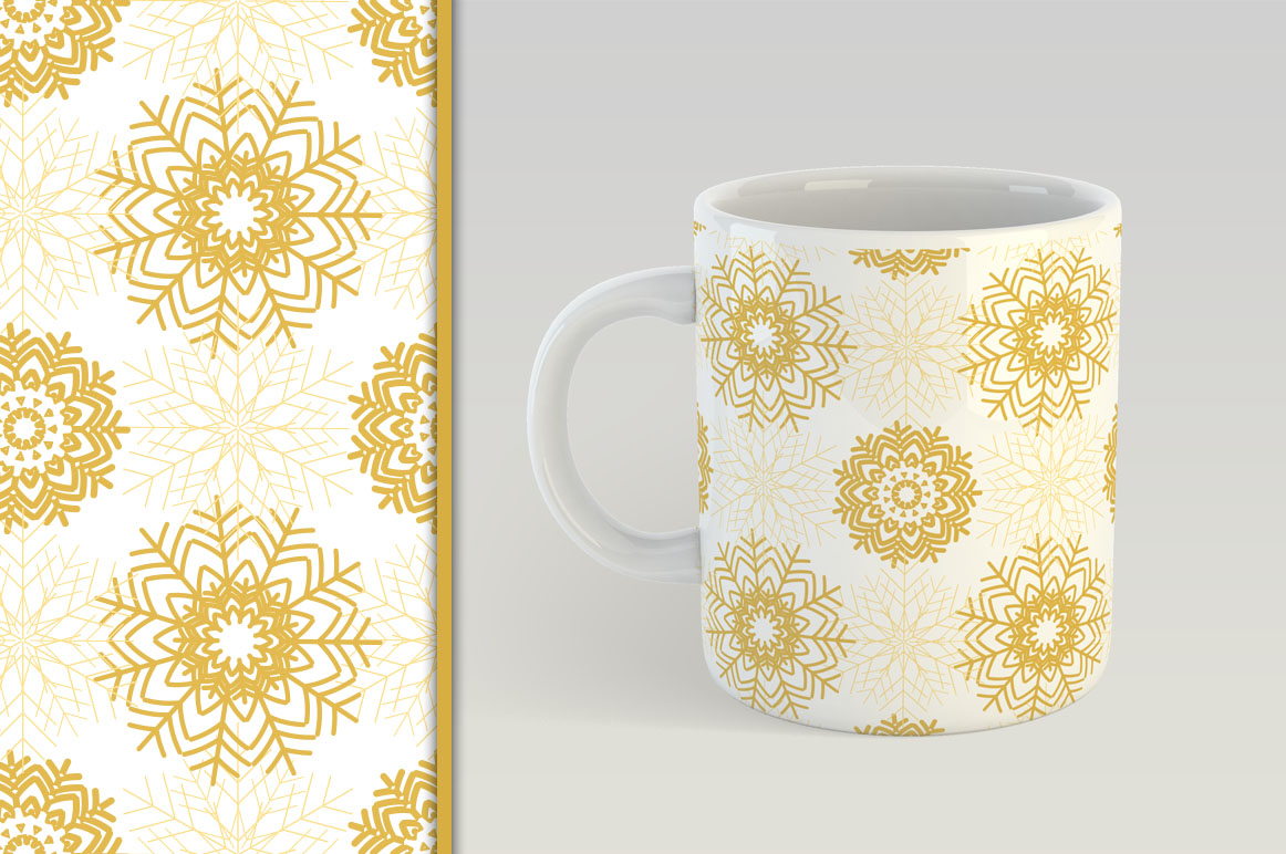 Golden Christmas Seamless Pattern example image 3