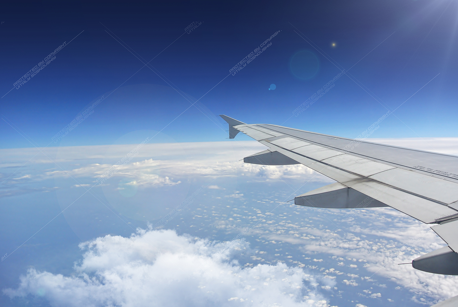 20 Photos clouds and wings of airplanes example image 2