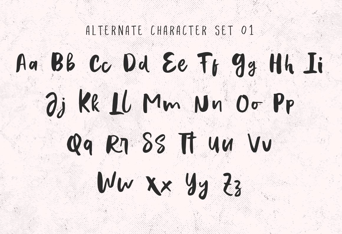 Evertone Font Trio example image 13