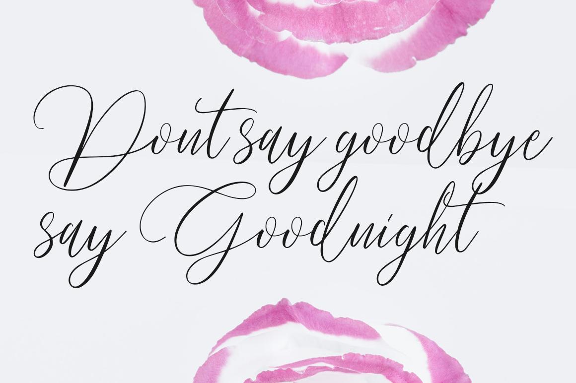Pradita Script Font example image 6