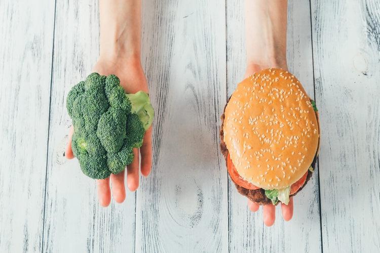 Unhealthy vs healthy food example image 1