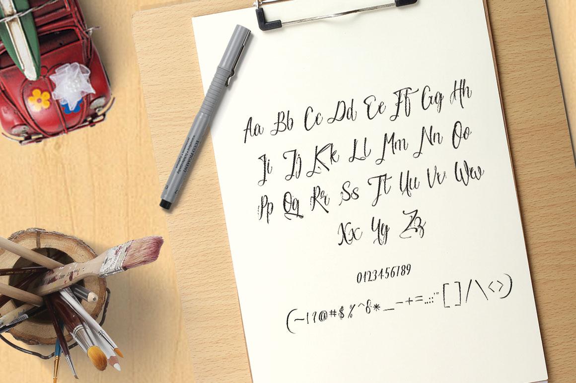 ESCALADE modern calligraphy example image 4