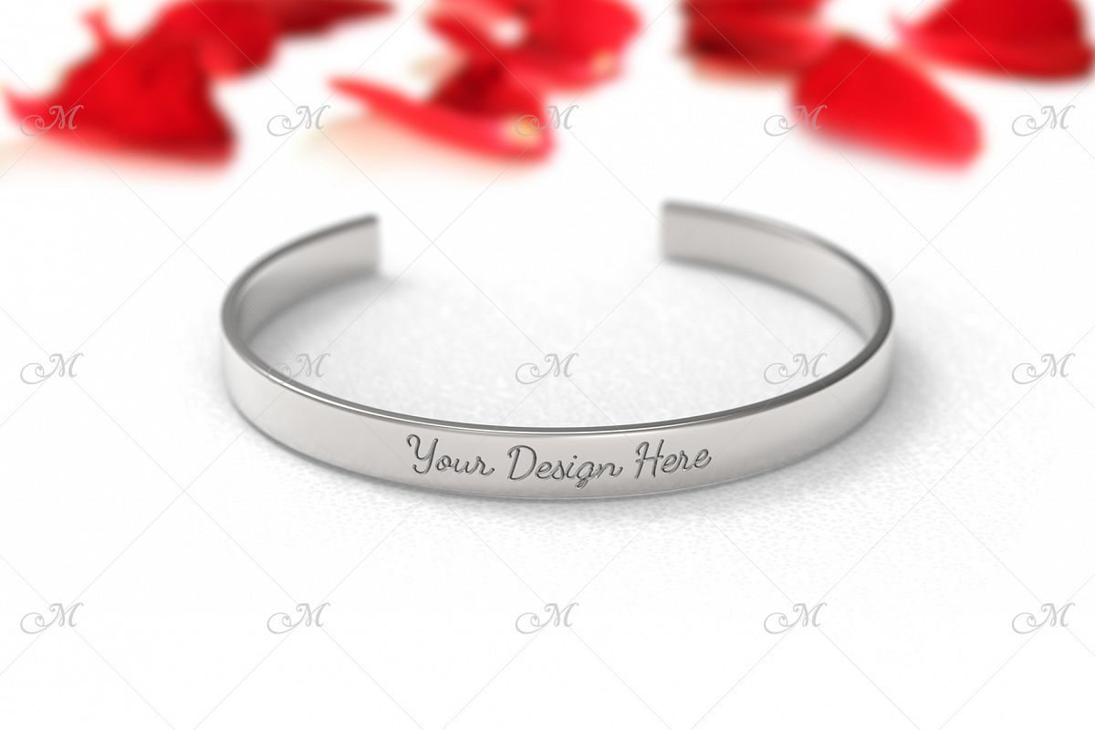 Metal Bracelet Mock-up. PSD & JPG example image 1