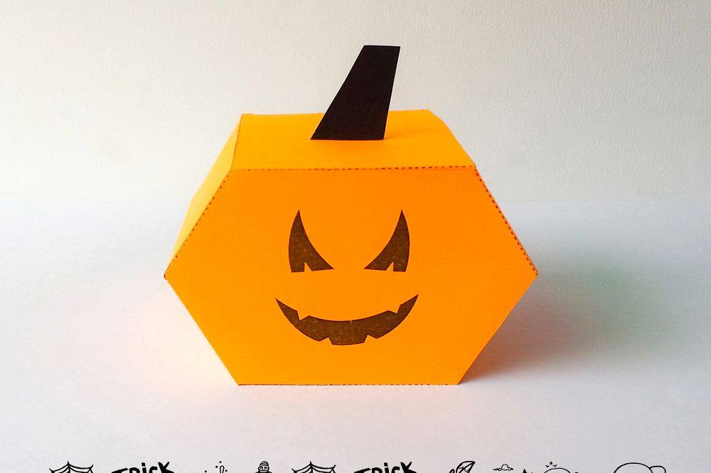 DIY Pumkin favor - 3d papercraft example image 1