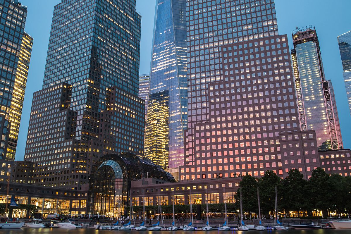Yacht club downtown manhattan view  example image 1