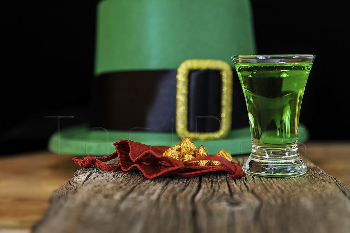 Patrick day green drink, leprechaun hat and gold prills example image 1