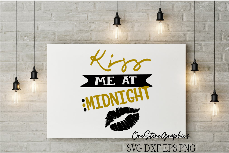 Kiss me at midnight example image 1