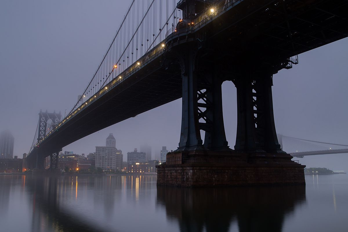 Manhattan bridge view on the foggy morning	 example image 1