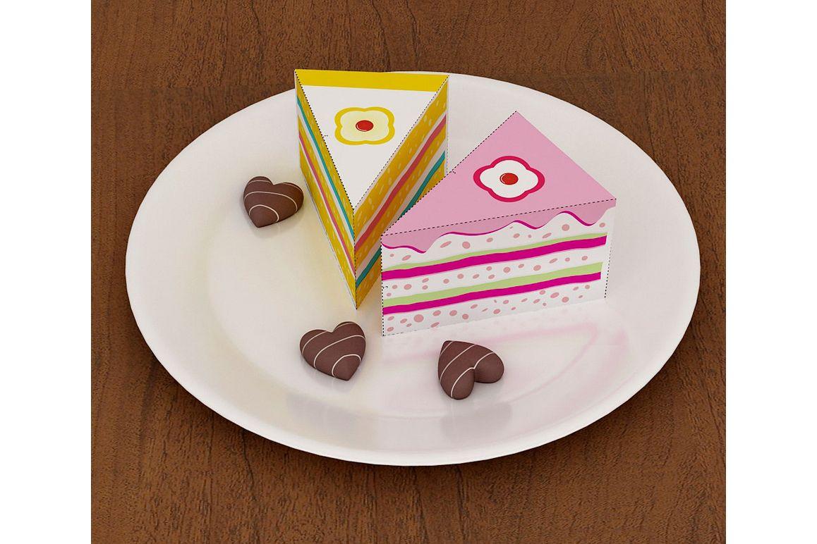DIY Cake favor - 3d papercraft example image 1