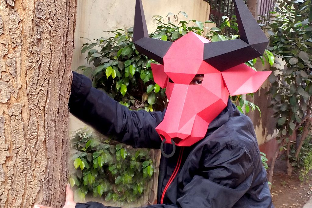 DIY Bull Mask - 3d papercraft example image 1