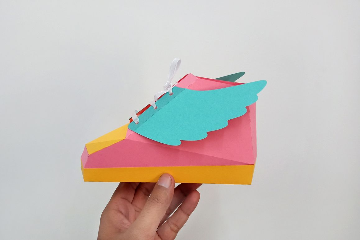 DIY Hip hop shoe - 3d papercraft example image 1