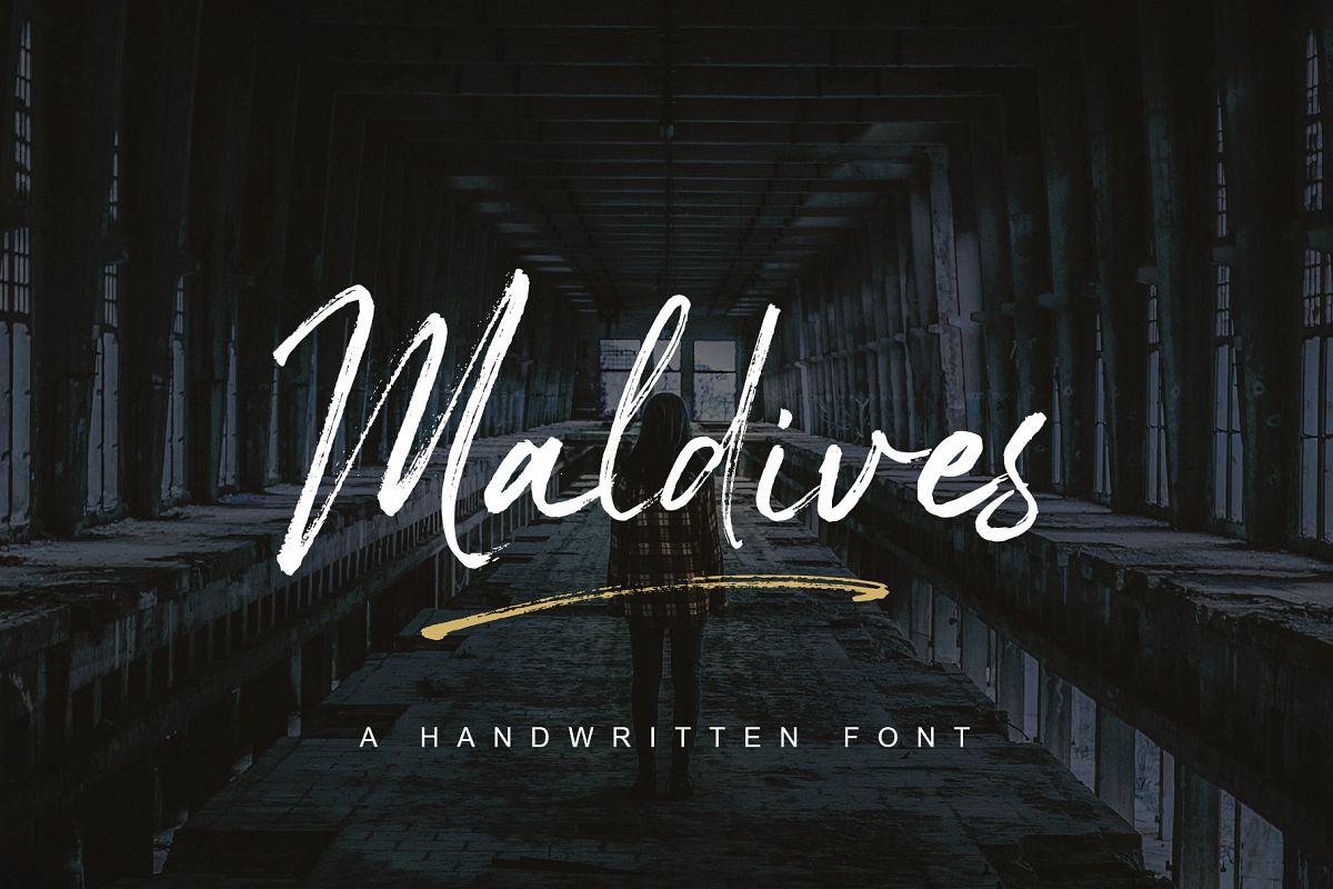 Maldives Handbrush Font example image 1