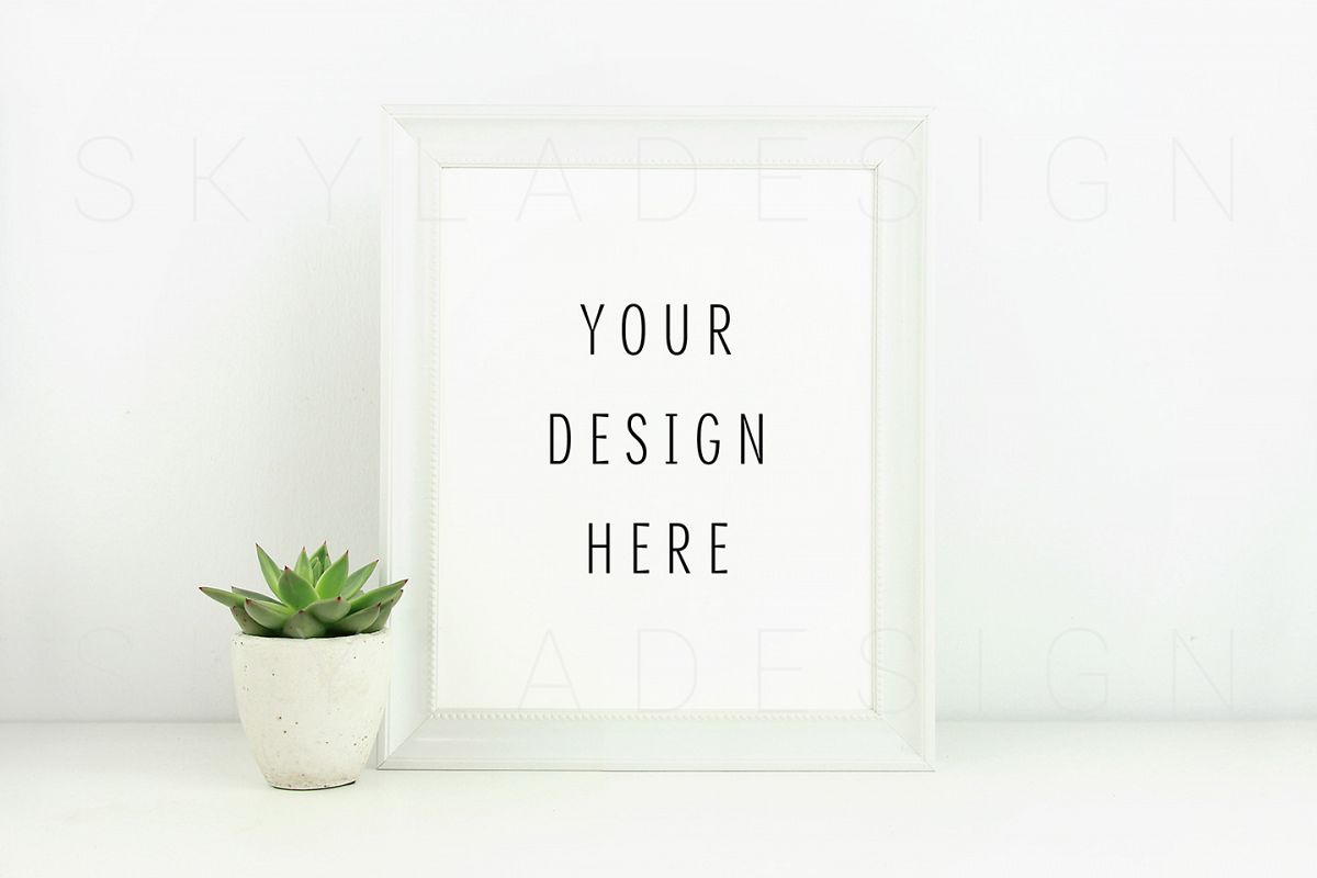 White poster & picture frame mockup example image 1