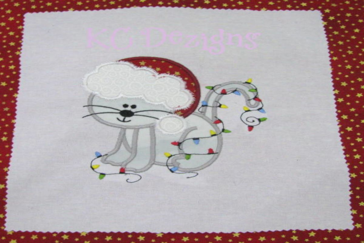 Christmas Cat With Lights Machine Applique Embroidery Design