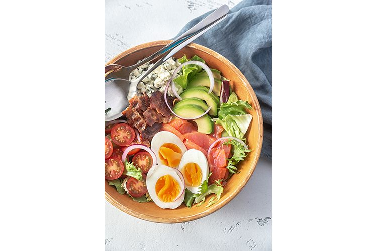 Bowl of Cobb salad example image 1