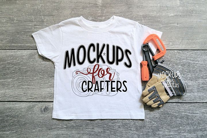 Gildan Childs Tshirt with tools & workgloves MOCK-UP