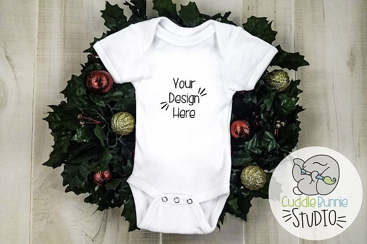 Baby Clothes Wreath Ornament Mockup|Flat Lay Holiday Theme