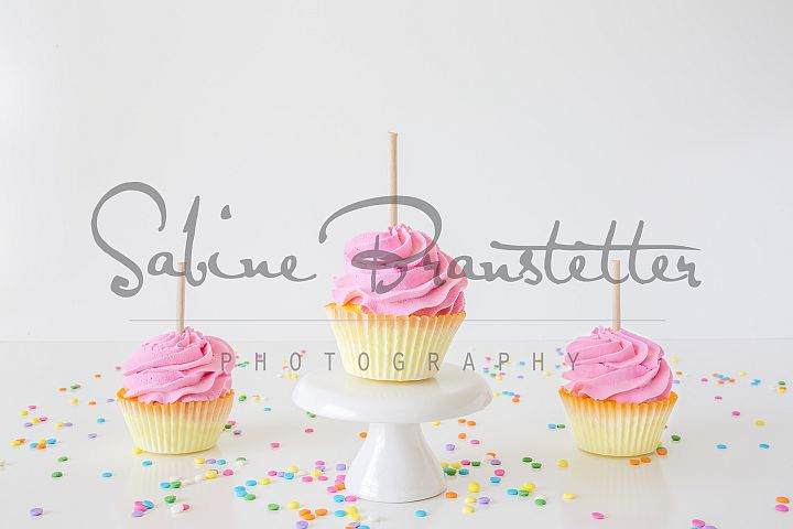 Styled Stock Photography 3 Pink Cupcakes Mockup