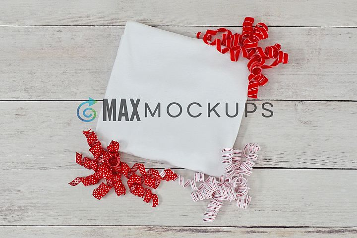 White t-shirt Mockup, Christmas or Valentines, red ribbons