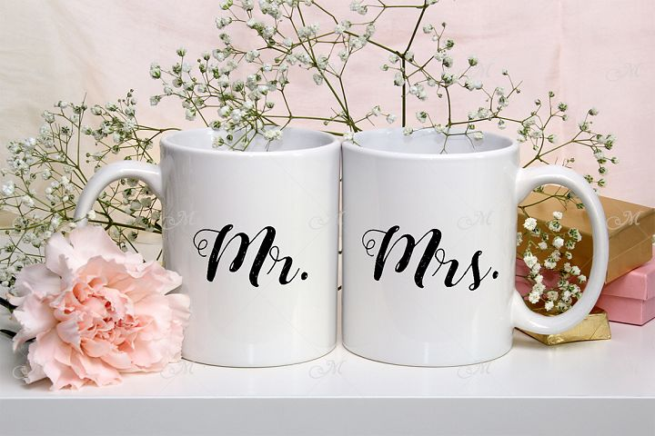 Wedding Mugs Mock-up. PSDJPG