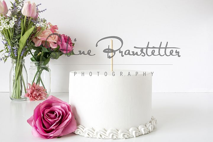 Styled Stock Photography White Cake Mockup